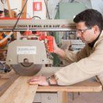 Fasi di lavorazione del legno d'ulivo